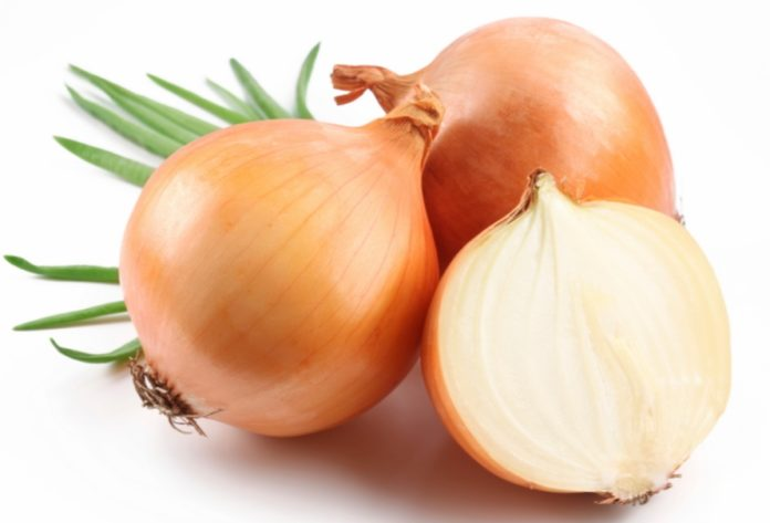 9_Surprising_Ways_You_Can_Use_Onions10