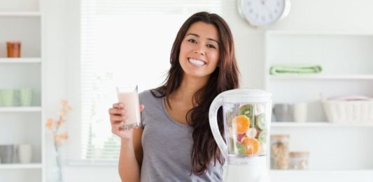 How to Make Healthy Drinks at Home