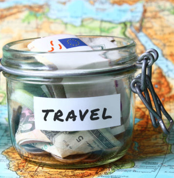 Top 20 Travel Tips to Save Money