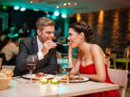 8 Ways to Entertain Your Lover On Valentine's Day 2