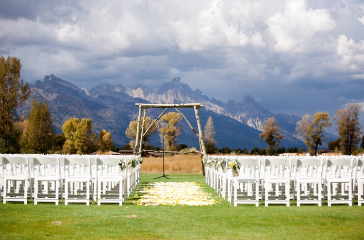 The 15 Best Venues for Outdoor Weddings in the USA8
