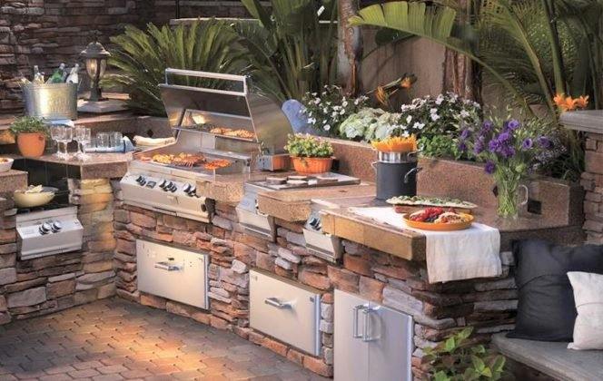 5 Ideas for Building a Killer Outdoor Kitchen | BiggieTips.com on ideas for grills, ideas for firepits, ideas for fencing, ideas for doors, ideas for hardscaping, ideas for sidewalks, ideas for brick, ideas for mulch, ideas for pavers, ideas for arbors, ideas for roofing, ideas for columns, ideas for patio furniture, ideas for mailboxes, ideas for water features, ideas for bars, ideas for stucco, ideas for railings, ideas for kitchen remodels, ideas for tile,