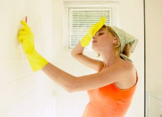 How to Clean Walls and Wallpaper