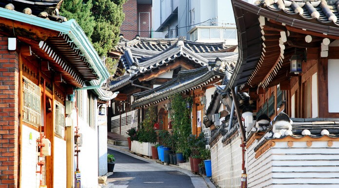 The Top Things You've Got to Do and See in Seoul Korea - Bukchon Hanok Village