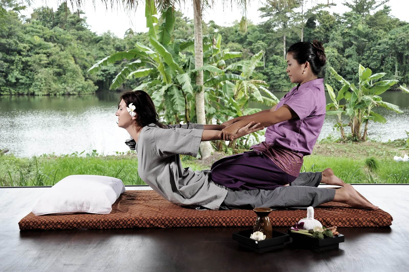 The Ultimate Travel Guide to Visit Phuket Thailand-Thai Massage