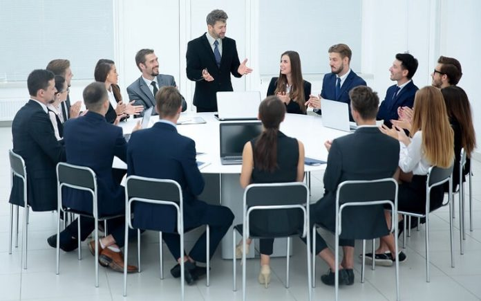 8 Ways to Show Your Boss You're Ready for That Leadership Role-1