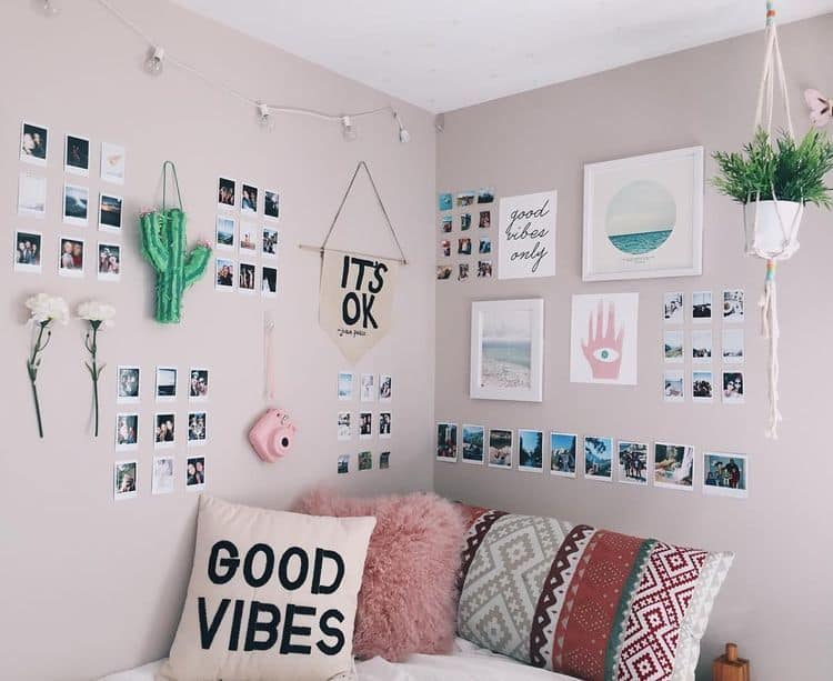 12 Tips to Decorate Your Dorm Space-12