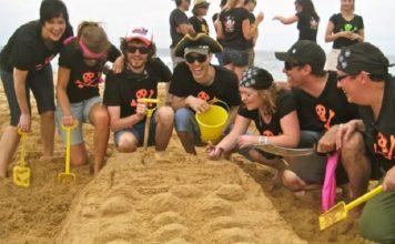 15 Cool Ways Kids can Enjoy the Beach-1