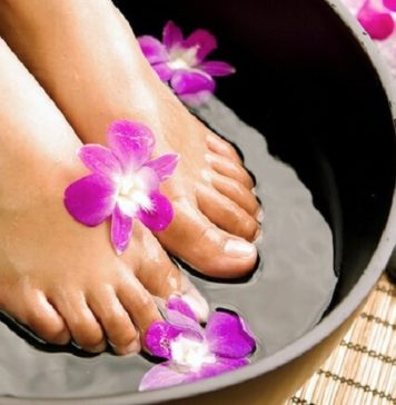 What Are the Healing Benefits of Foot Soaks and Reflexology
