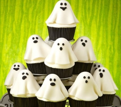 20 Spooky Cookie and Cupcake Recipe Ideas for Halloween 17
