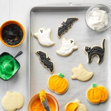 20 Spooky Cookie and Cupcake Recipe Ideas for Halloween 5