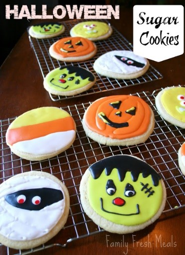 20 Spooky Cookie and Cupcake Recipe Ideas for Halloween 6