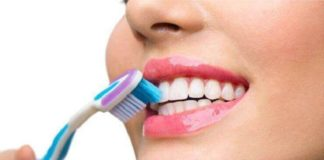 Simple Ways to Deeply Clean your Teeth