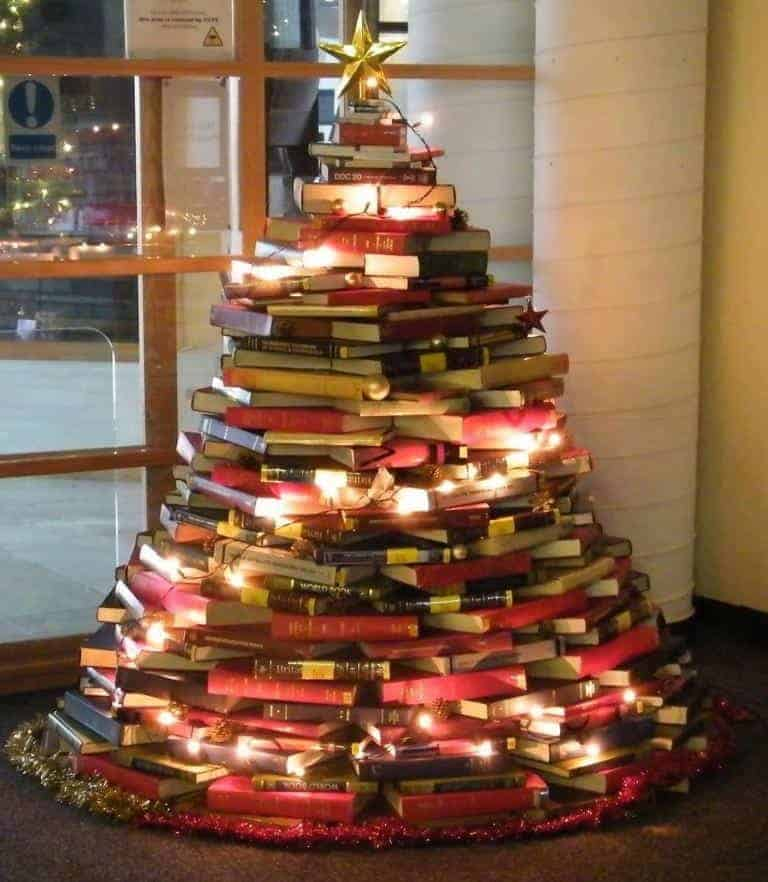 21 Unique Christmas Tree Ideas 14