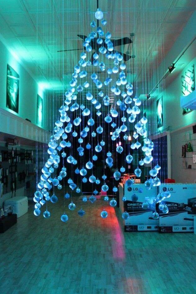 21 Unique Christmas Tree Ideas 15