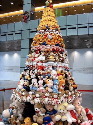 21 Unique Christmas Tree Ideas 21