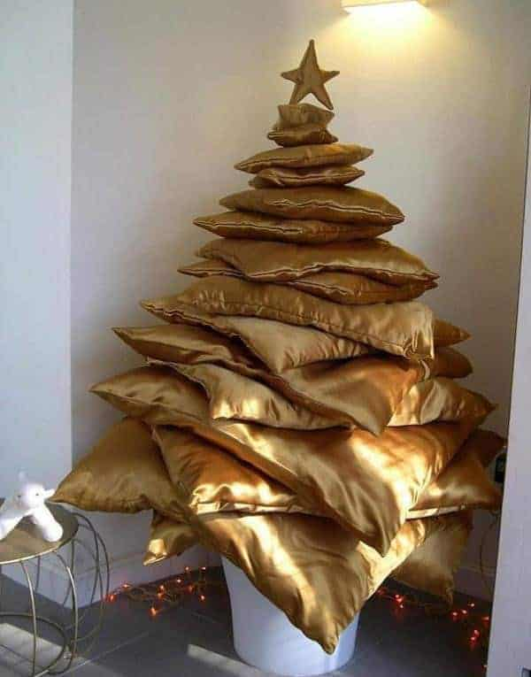 21 Unique Christmas Tree Ideas 6