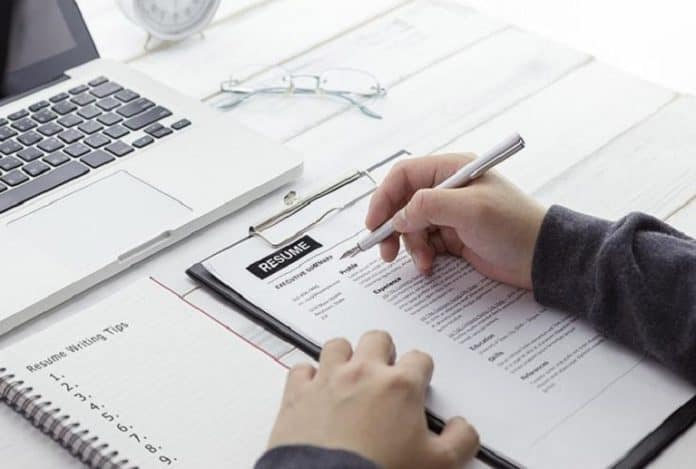 8 Tips for Making Your Federal Resume Perfect