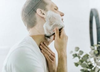 10 Shaving Tips Direct from the Barbershop