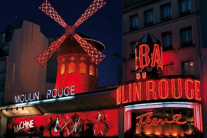 top-10-things-to-do-and-see-in-paris-france-6 Moulin Rouge
