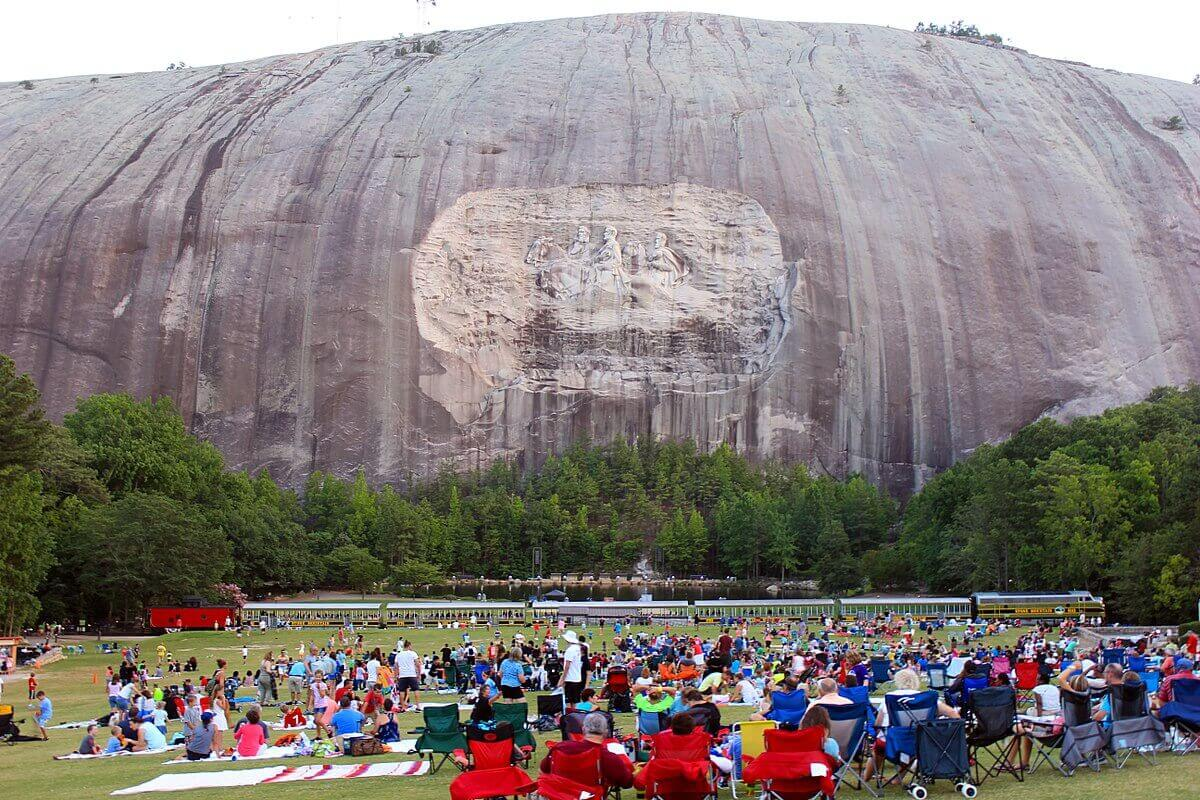 top-7-exciting-things-to-do-in-atlanta-Stone Mountain Park