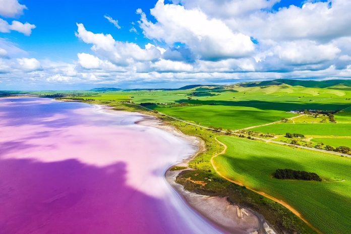 travel-like-a-local-top-secret-places-to-visit-in-australia-lake-bumbunga-1