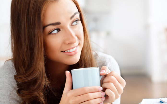 How to Prevent Getting Tea and Coffee Stains on Your Teeth