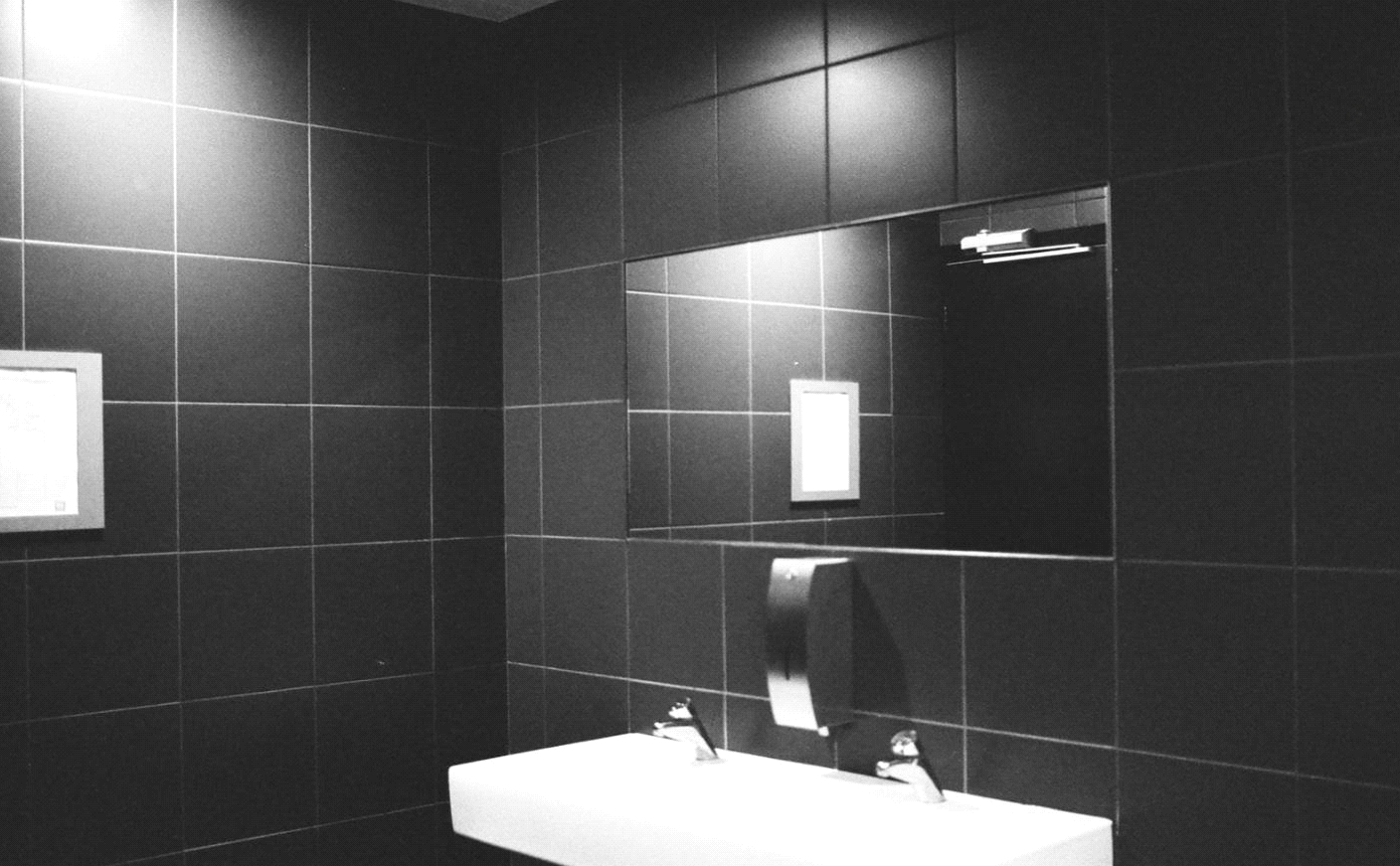 9 Lighting Ideas for Your Bathroom Design- Indirect Lighting for Ambiance
