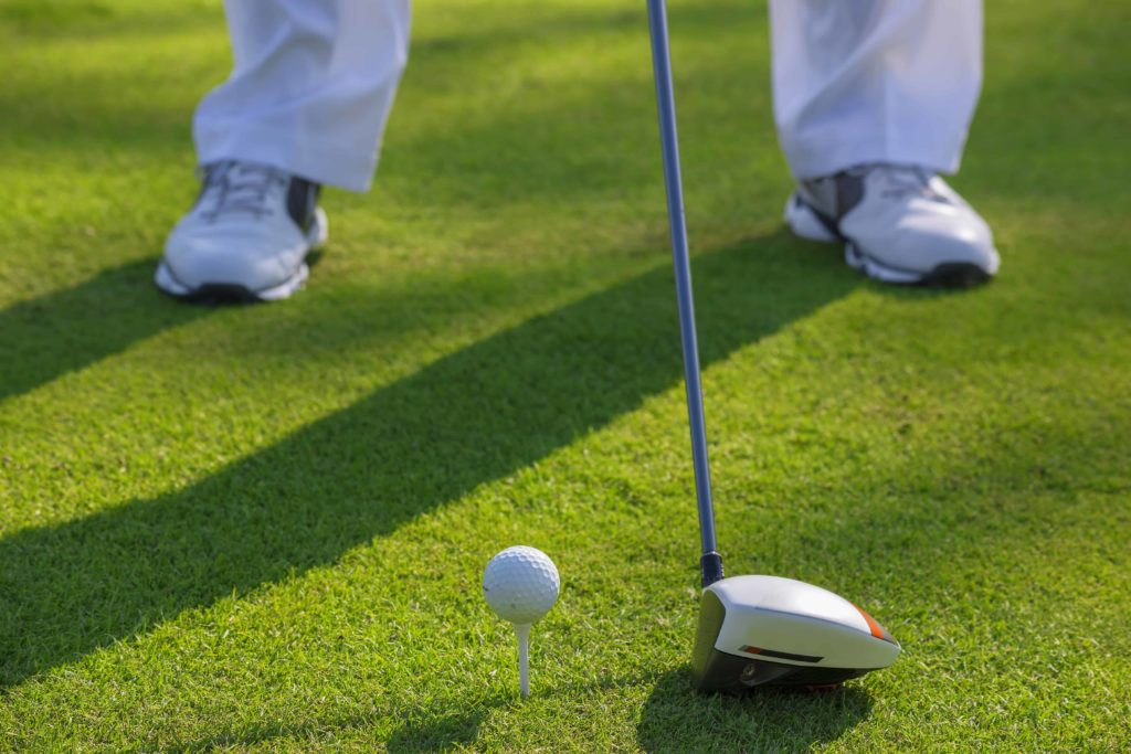 How to Swing a Golf Club: Beginners Guide- Address the Ball