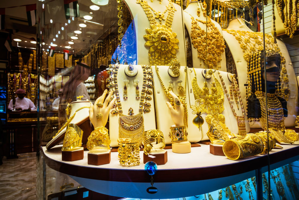 Tips and Tricks to Sustain a Spontaneous Vacation in Dubai- Gold Souk