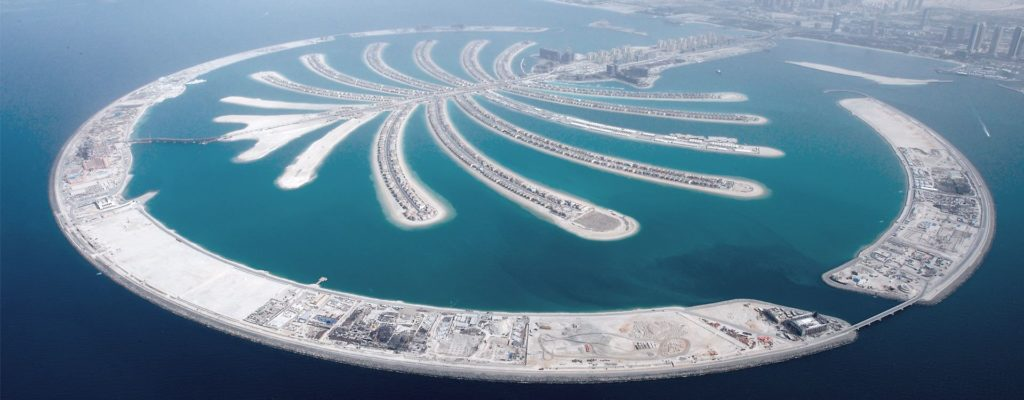 Tips and Tricks to Sustain a Spontaneous Vacation in Dubai- Palm Dubai