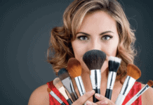 Makeup Tips - 8 Amazing Ways Of Using Cosmetics Efficiently