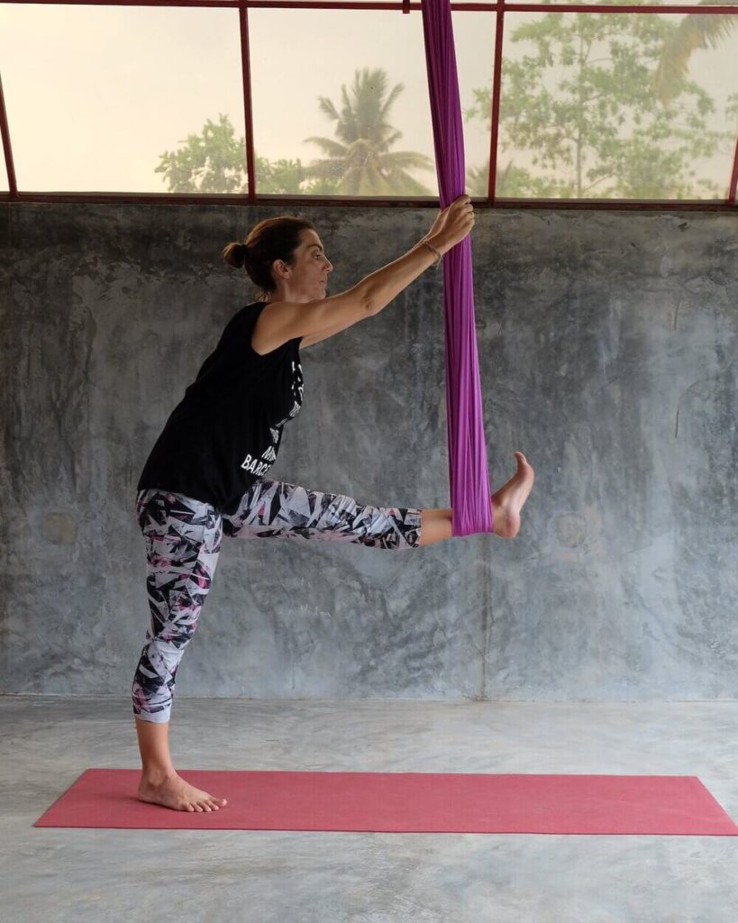 Aerial Yoga Guides for Beginners – What to Know and How to Do - Pike and Pull