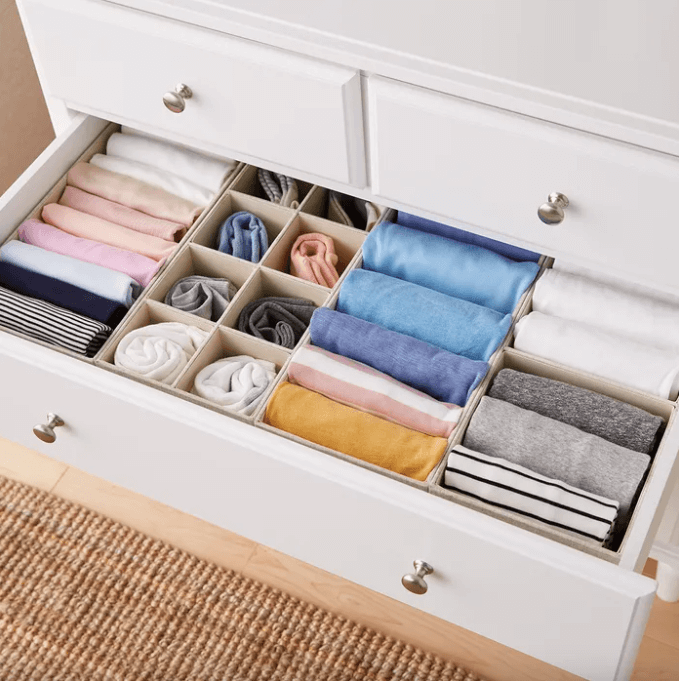10 Organizing Tips for Your Accessories- Drawer Organizer