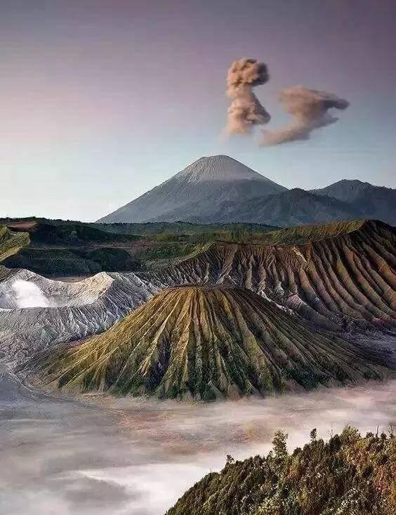 Best Vacation Spots in the World You Better Not Miss – Part 1- Semeru Volcano