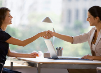 7 Easy Ways to Effectively Connect with a LinkedIn Recruiter